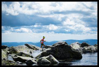 Sky and Cloud race, Vysoké Tatry, Prodejní výstava Dlouhá Trať, Fotograf Lukáš Budínský