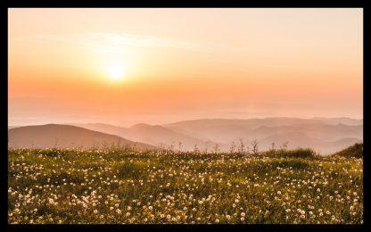 Východ slunce v Nízkých Tatrách. Prodej fotoobrazů Dlouhá Trať, Fotograf Lukáš Budínský, podpora Mamma HELP